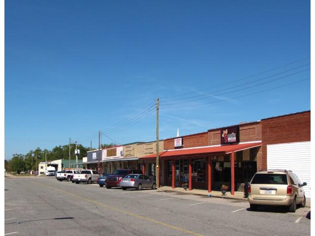 Front Street in Garland  North Carolina image