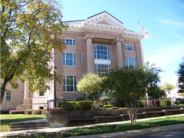 Historic 2nd Gaston County Courthouse - Gastonia  NC image