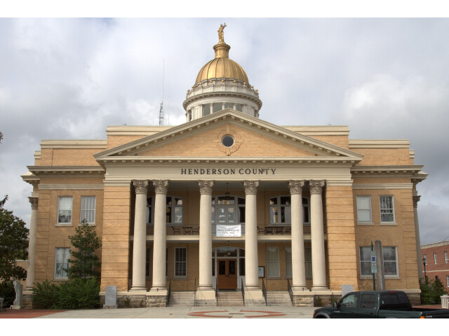 Henderson County  NC 1905 Courthouse image