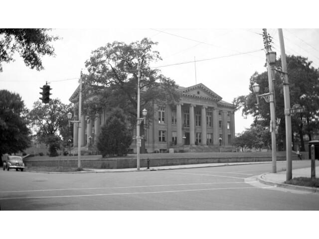 Wayne County Courthouse 1948 image