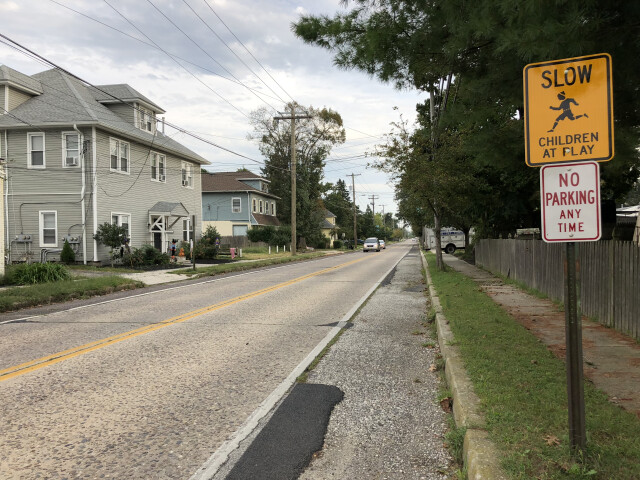 2018-10-02 17 03 31 View south along Camden County Route 561 'Haddon Avenue' at Walnut Avenue in Berlin Township  Camden County  New Jersey image