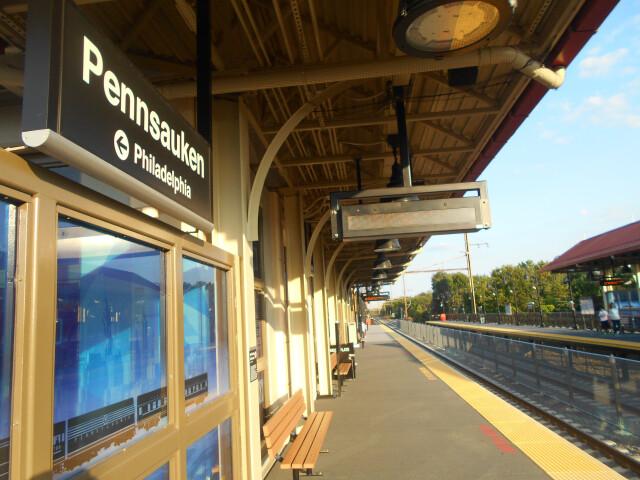 Pennsauken Transit Center - commuter platform image