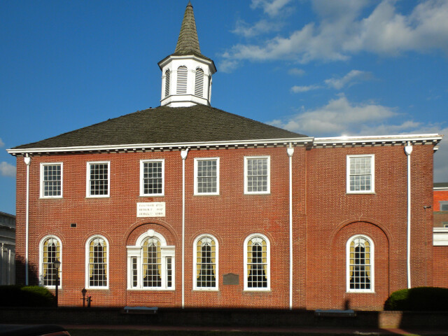 Salem Courthouse Mkt St image