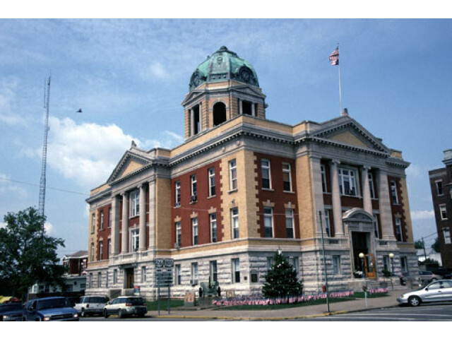 Monroe County Courthouse  Woodsfield image