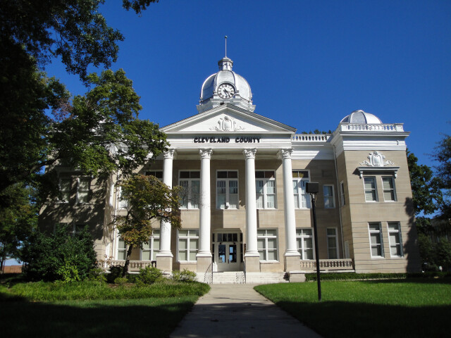 Old Cleveland County Courthouse 2009 image