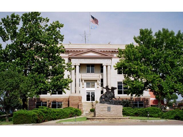 Jackson courthouse image