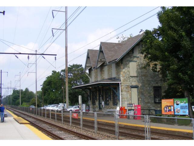 Clifton-Aldan Station image