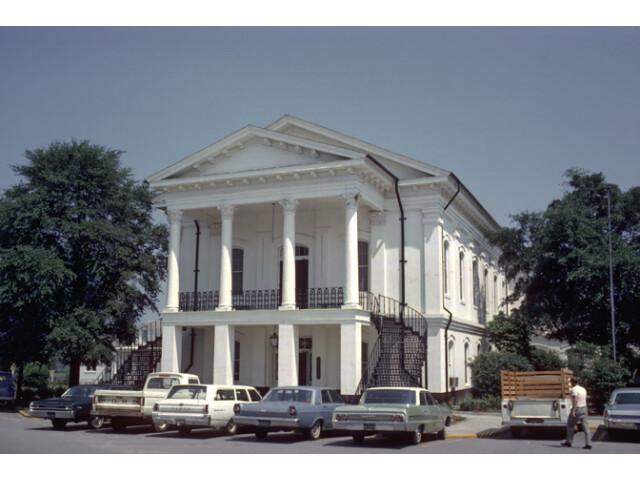 Barnwell County Courthouse  Barnwell  South Carolina image