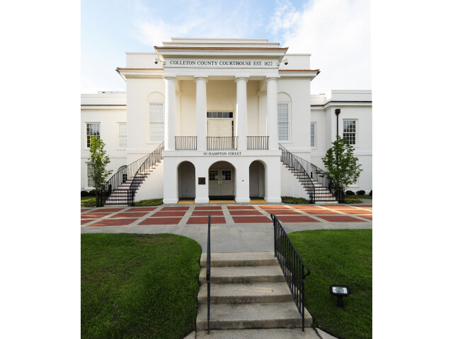 Colleton County Courthouse image
