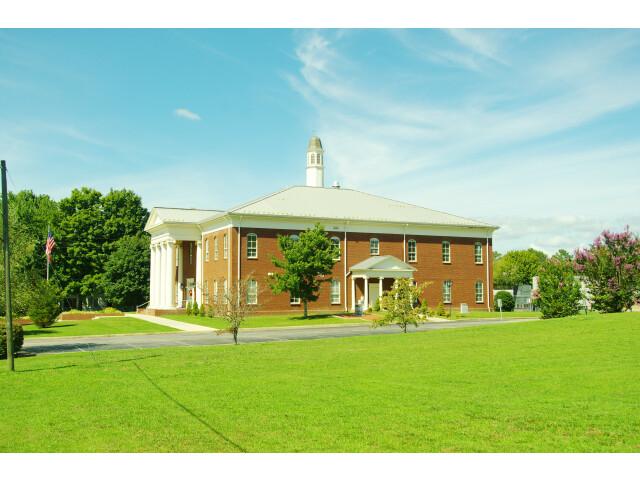 Grundy-County-Courthouse-Altamont-tn3 image