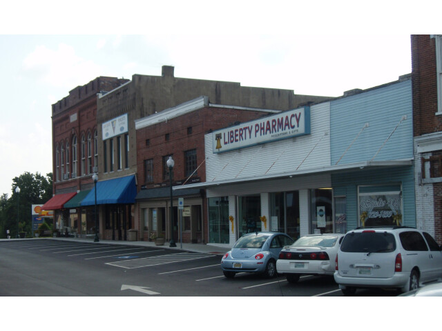 Centerville tennessee town square 2009 image