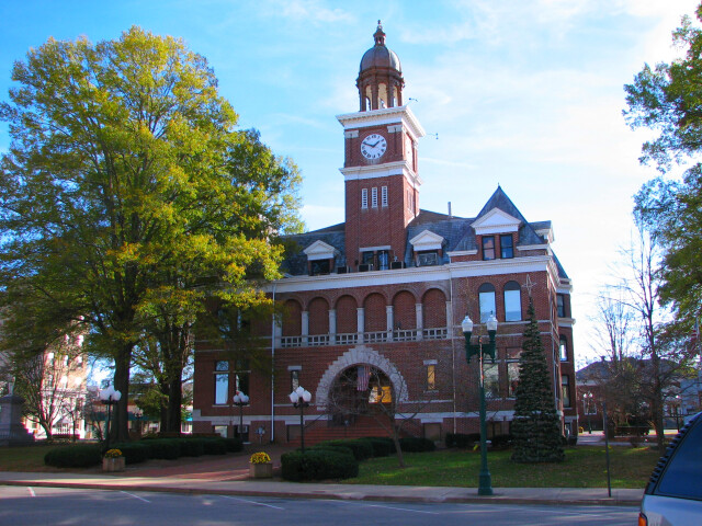 Henry County Tennessee Courthouse 24nov05 image