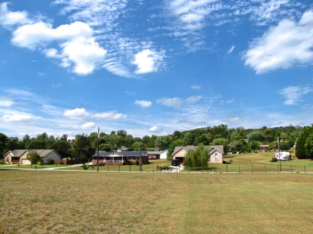 Plainview-houses-tn2 image