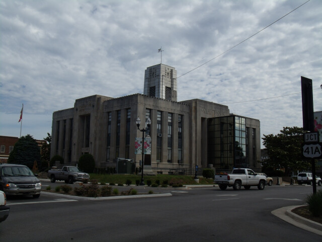 Franklin County Courthouse  Winchester  Tennessee 6-8-2010 image