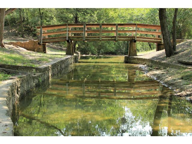 Grapevine springs park channel and bridge image