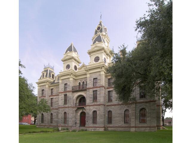 Goliad courthouse image