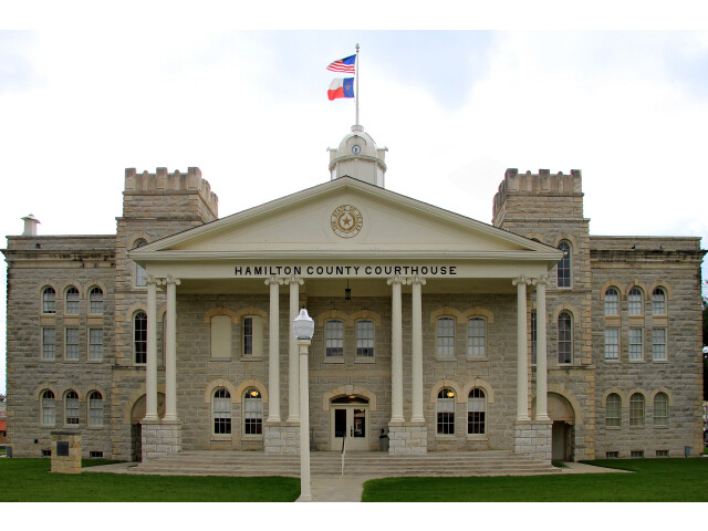 Hamilton county tx courthouse 2014 image