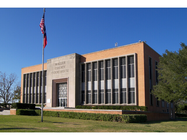 Waller county courthouse image
