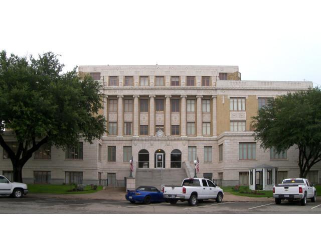Hunt courthouse 2010 image
