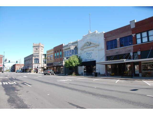 Main Street at The Plaza Paris Texas DSC 0620 ad image