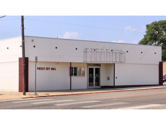 Poteet Texas City Hall 2015 image