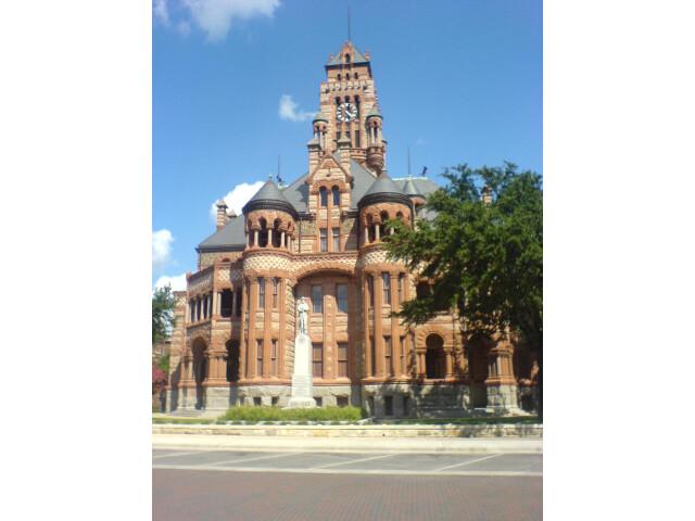 Ellis county courthouse image