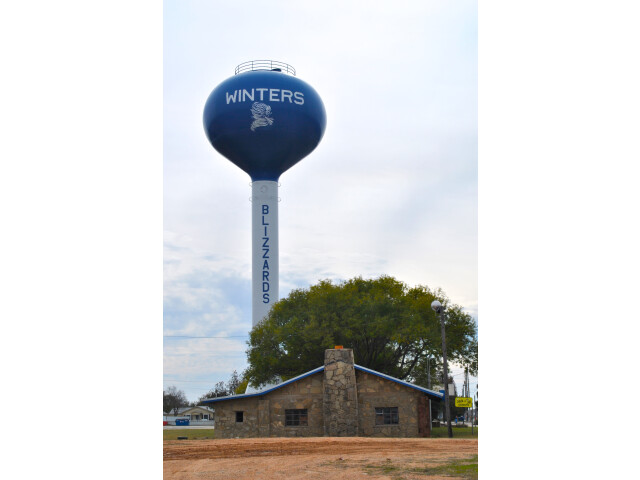 Winters Texas water tower 2015 image
