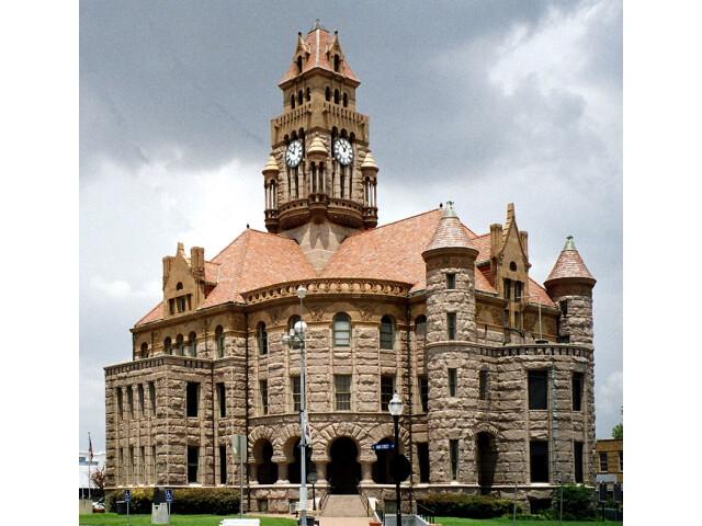 Wise courthouse image