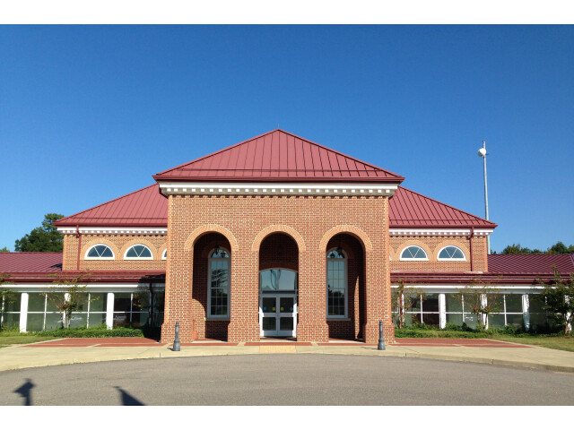 Charles City Courthouse image