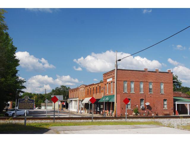 Courtland-Town-Square-east-al image
