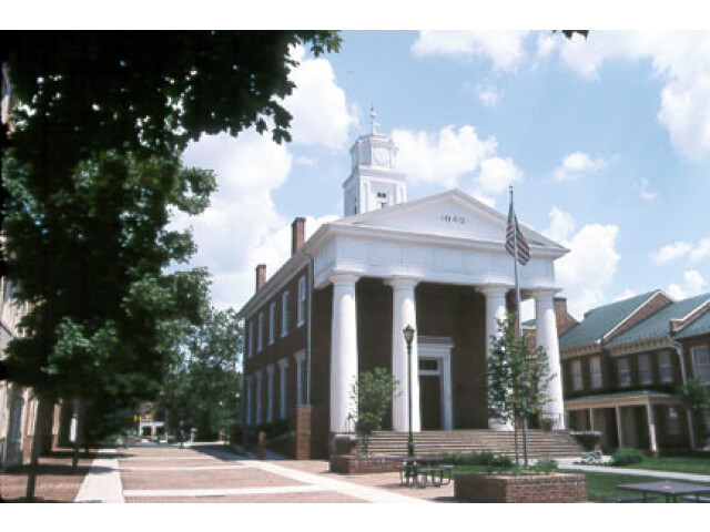 Frederick County Courthouse  Winchester image