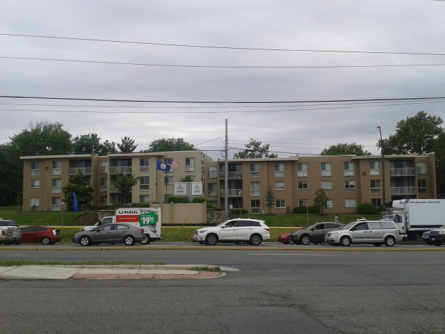 Lincolnia  Virginia in May 2017 - 2. image
