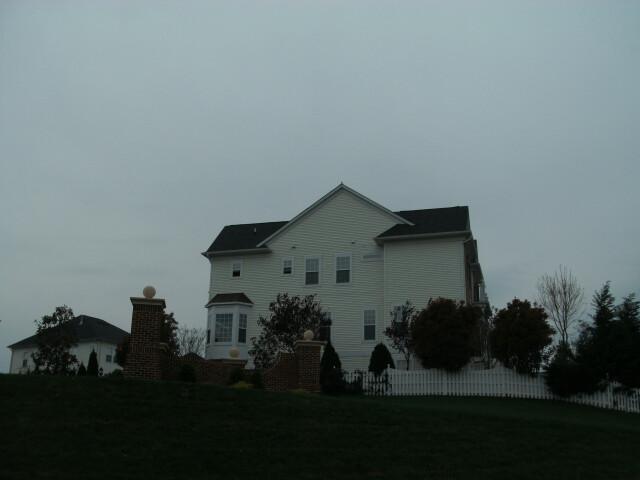Houses in Lorton '2' image