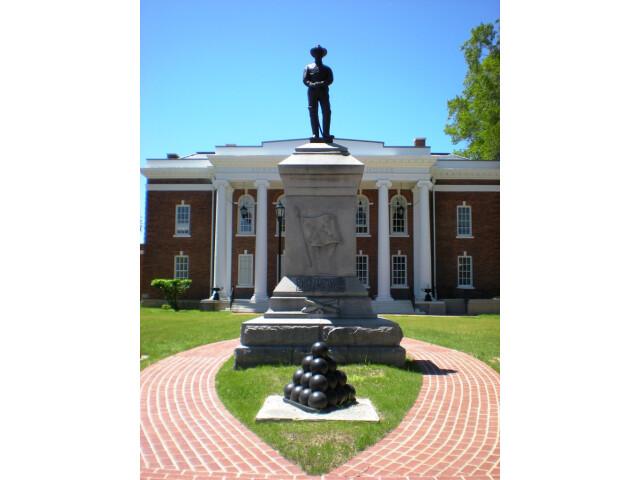 Confederate Statue  Surry  Virginia image