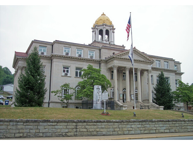Boone County Courthouse West Virginia image