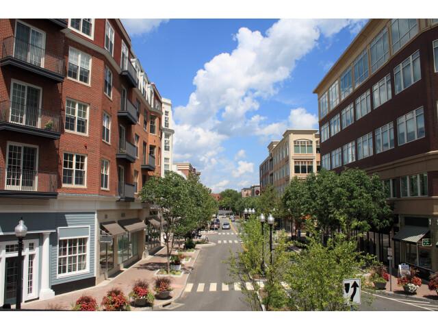 West Hartford image