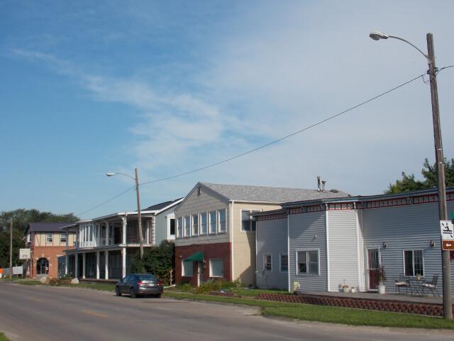 Front Street - Buffalo  Iowa image
