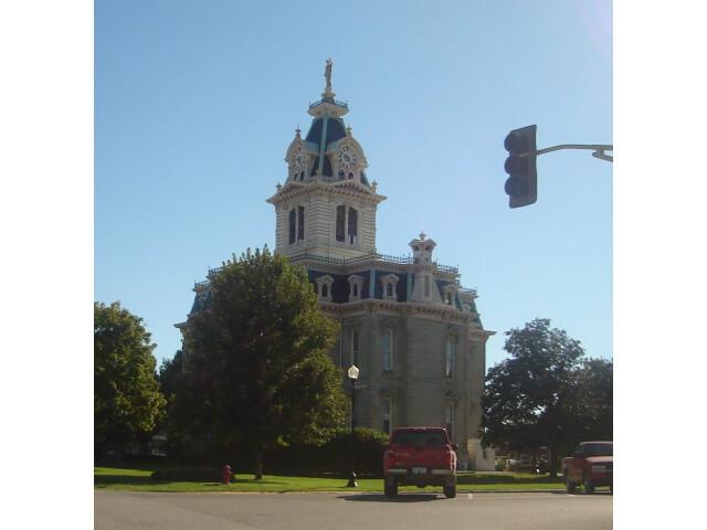 Bloomfield Iowa image