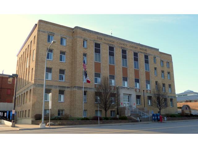 Des Moines County Court House - Burlington Iowa image