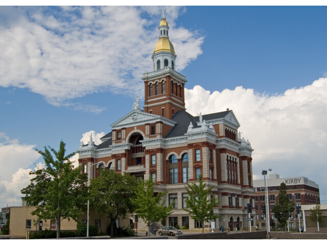 Dubuque IA - County Courthouse image