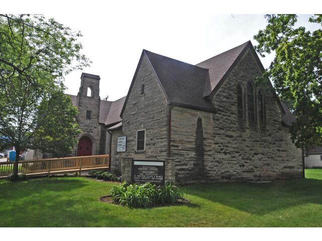 ST. LUKE%27S METHODIST CHURCH  MONTICELLO  JONES COUNTY  IOWA image