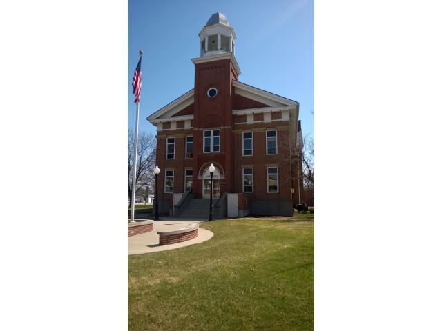 Poweshiek County IA Courthouse image
