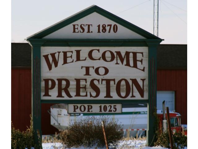Preston Iowa 20090125 Sign image
