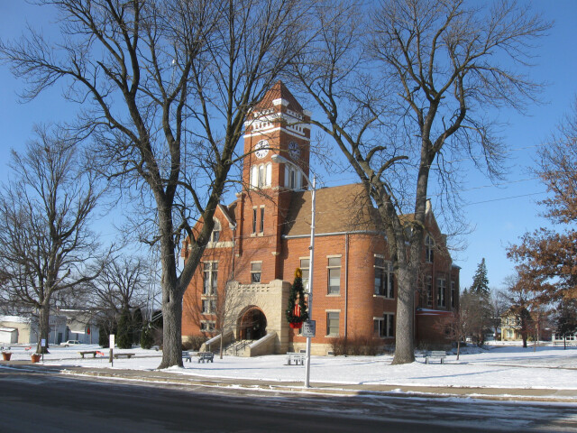 Tama county courthouse image