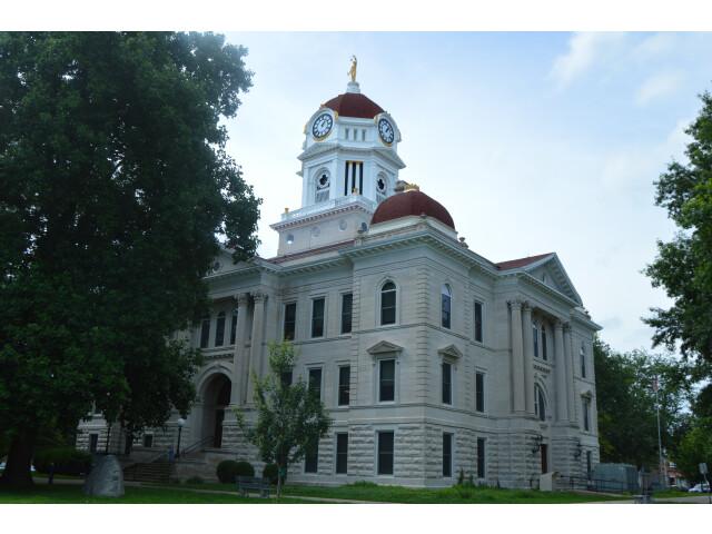 Hancock County Courthouse  Carthage image