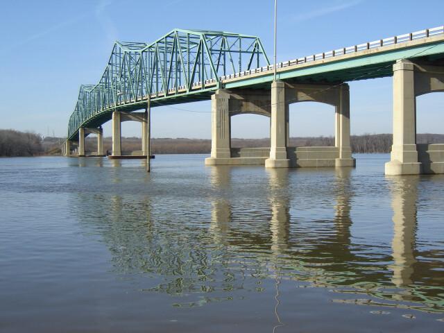 Lacon Bridge-1 image