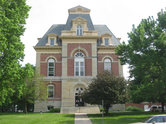 Benton County Courthouse in Fowler image