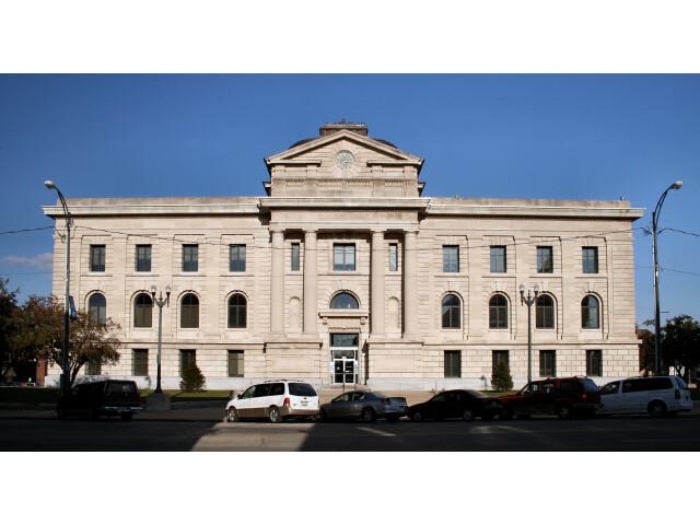 Peru-indiana-courthouse image