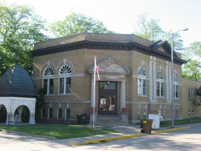 Monticello Carnegie Library image