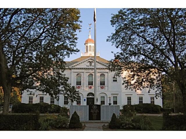 Hamilton Town Hall image